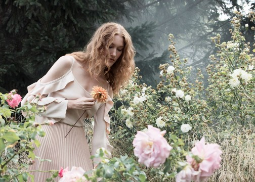 Maison Riviera Parfaits Collection Muse in flower field