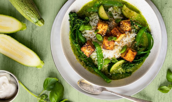 VEGAN DELIGHT GINGER TOFU GREEN CURRY